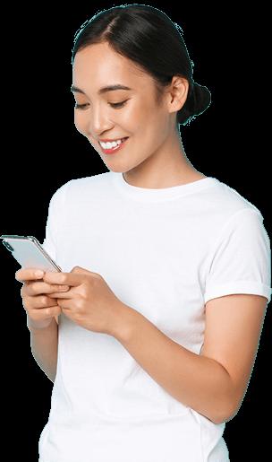 gyvenimo būdo technologijos-elektroninės komercijos koncepcija-šoninis vaizdas-patrauklus-azijietiškas-mergaitės-mobilusis